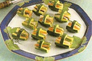 Cestini di zucchine con carote e rape