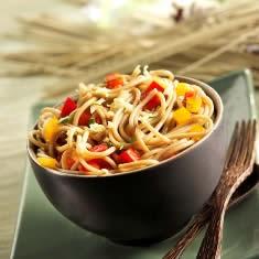Spaghetti Con Melanzane E Salsa Di Noci