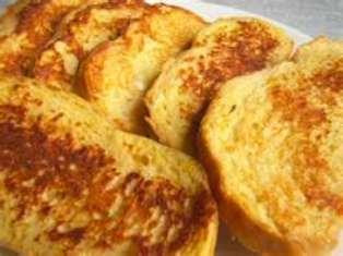 Toasts Al Formaggio